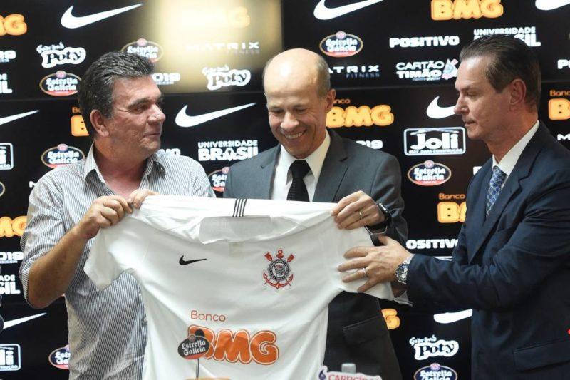 A nova onda de patrocinadores no Futebol Brasileiro – No Ângulo f79bea1d8d625